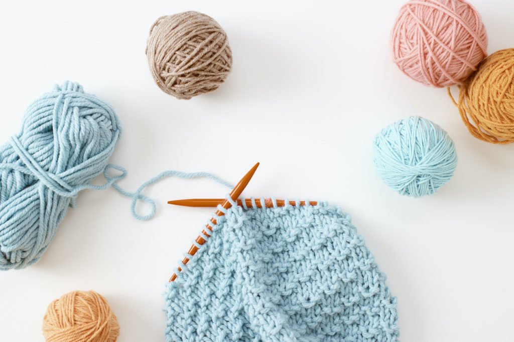 10 Creative Online Business Ideas: Knitting Course